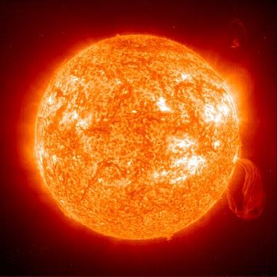 20111126195659-tormenta-solar.jpg